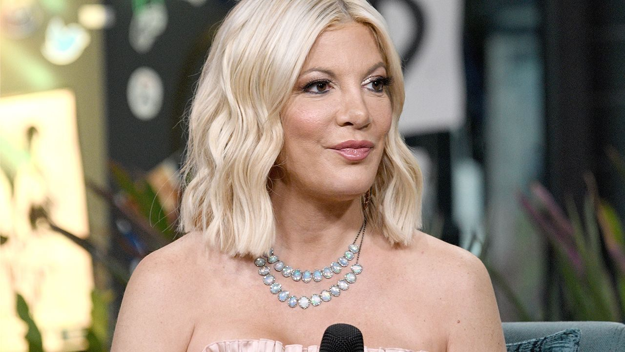 How Tori Spelling Landed in Big Debt