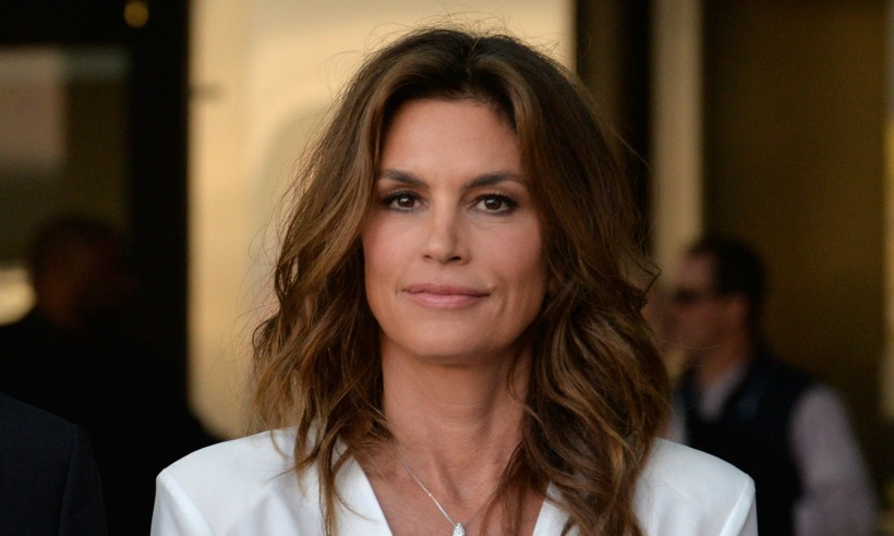 Check Out the Beauty Secrets of Cindy Crawford