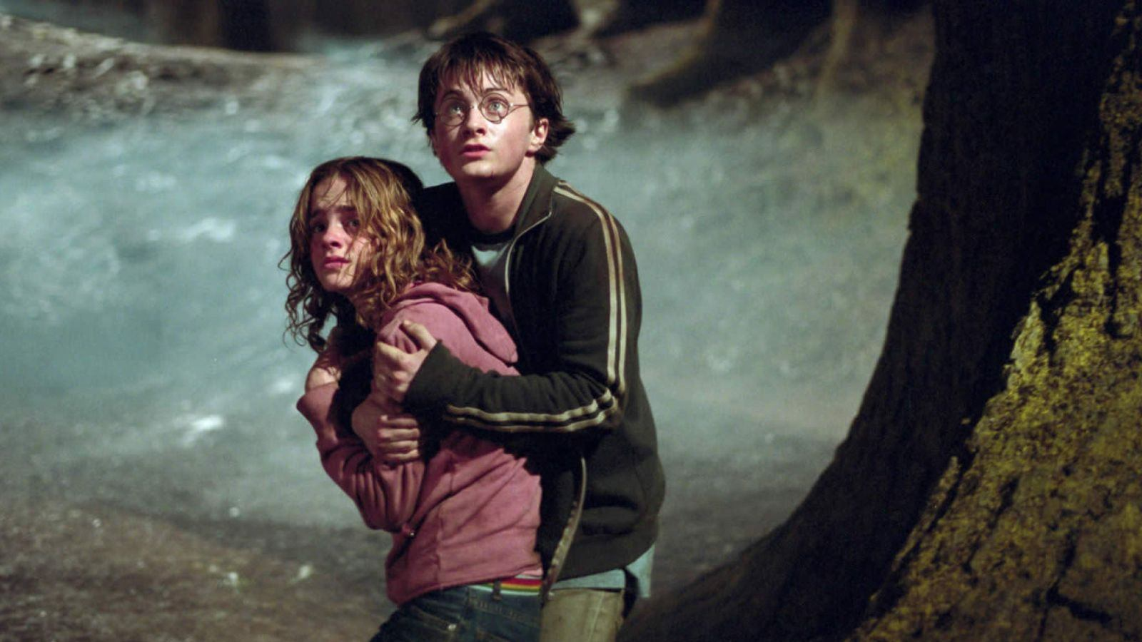 Check Out the Biggest Plot Holes in Movies Everyone Loves
